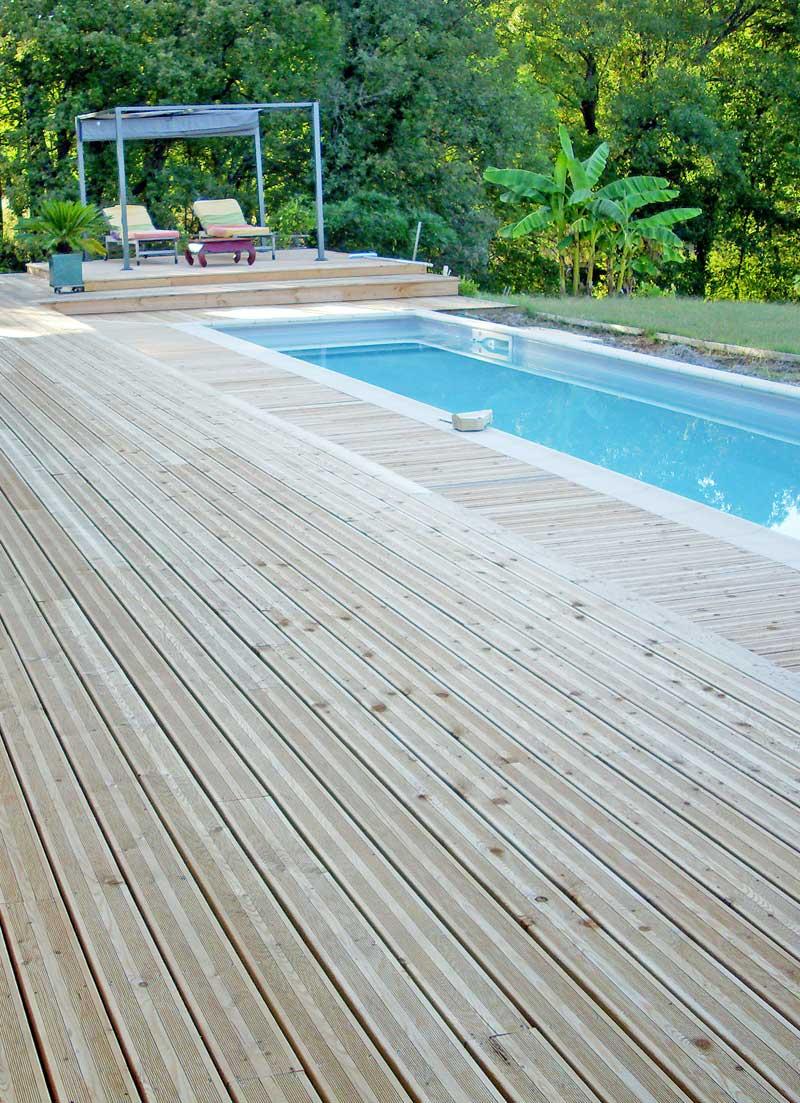 Entretenir sa terrasse en bois : nos conseils à découvrir ici